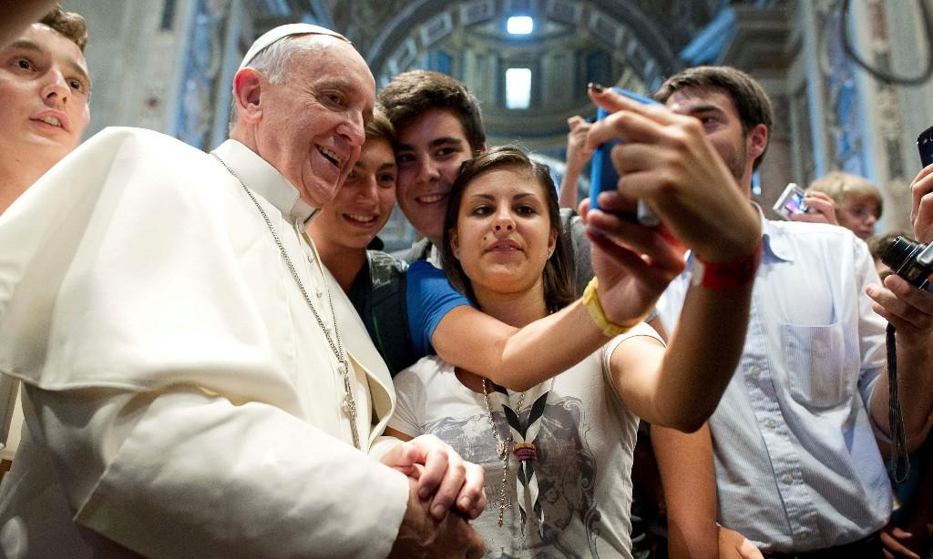 Pope takes selfie